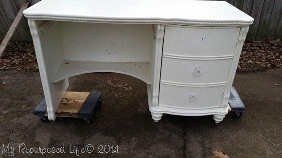 curb-find-desk