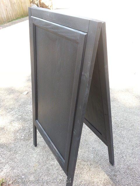 diy-chalkboard-easels-black-undercoat