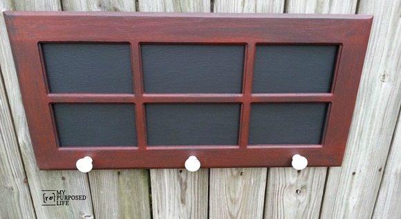 hutch-door-chalkboard-hanger-organizer-2