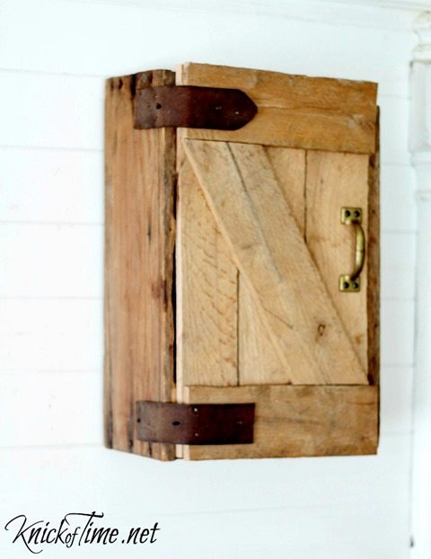 barn-door-storage-cabinet-via-KnickofTime.net_