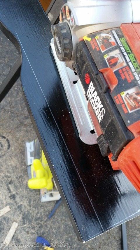 jigsaw-excess-wood-foot-board