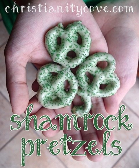 shamrock-pretzels-st-patricks-day-snack