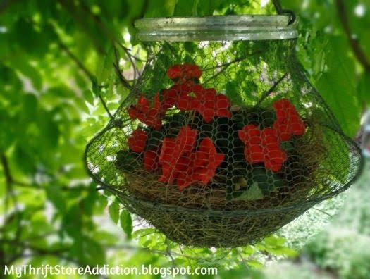 vintage-egg-basket-planter