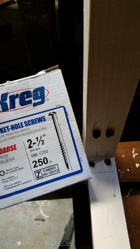 headboard-bench-kreg-jig-screws