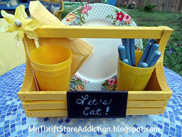 thrift-store-caddy-picnic-basket-tote