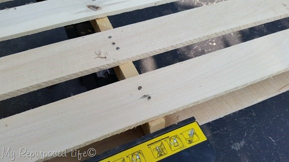 sanding-small-pallet