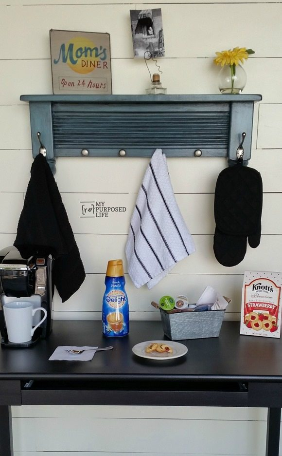 How to use bits and pieces to make this small shelf coat rack. A hook rack with a shelf can be used in the bathroom, kitchen, guest room or mud room! Easy step by step directions. #MyRepurposedLife #repurposed #furniture #shelf #coatrack #kitchen #mudroom #guestroom #bathroom via @repurposedlife