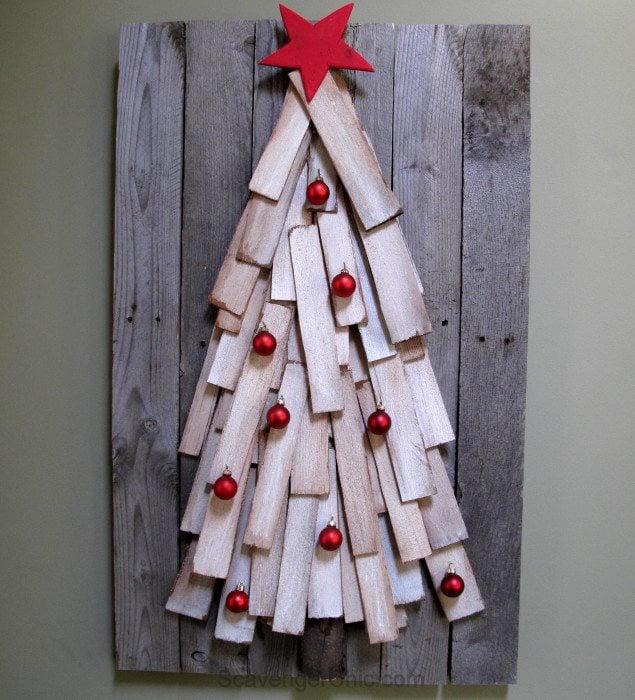 Pallet Wood Christmas Tree diy - My Repurposed Life®
