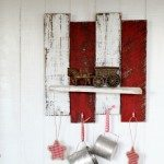 DIY scrap wood shelf with hooks for Christmas or Valentine's Day by KnickofTime.net