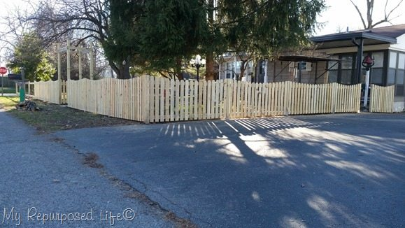 Pickets And Jig Diy Picket Fence My Repurposed Life 174