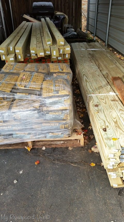 picket-fence-lumber-supplies