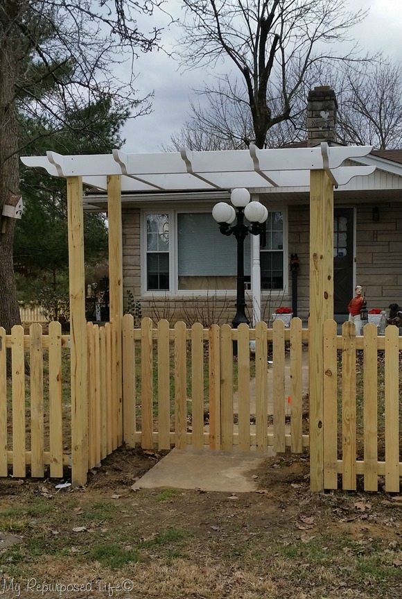 Gates And Arbor Diy Picket Fence My Repurposed Life 174
