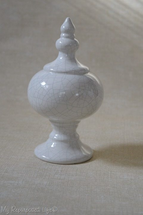 white-ceramic-decor