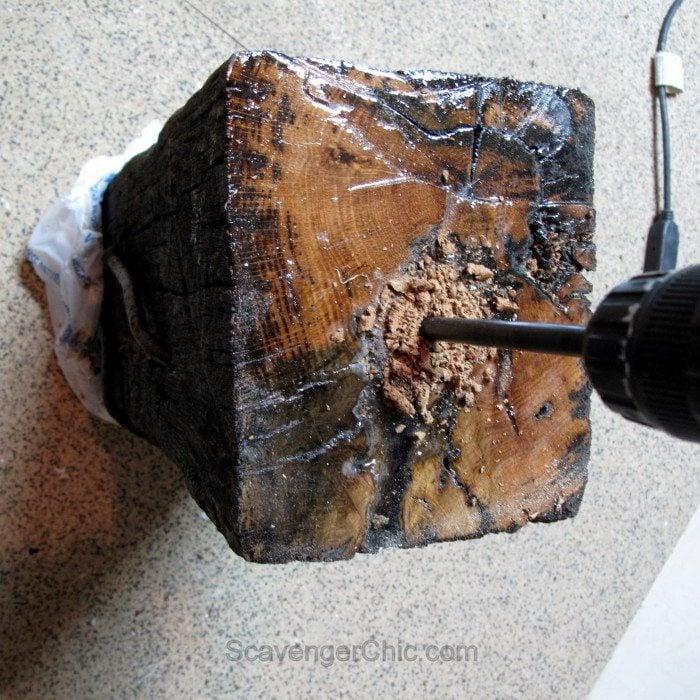 Landscape Timber Railroad Tie Lamp