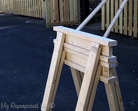 easy 2x4 stacking sawhorses MyRepurposedLife.com