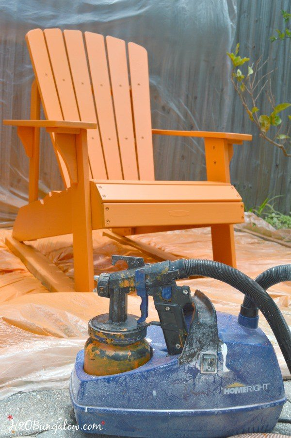 Painting-outdoor-furniture-using-a-HomeRight-Finish-Max-Paint-Sprayer-H2OBungalow