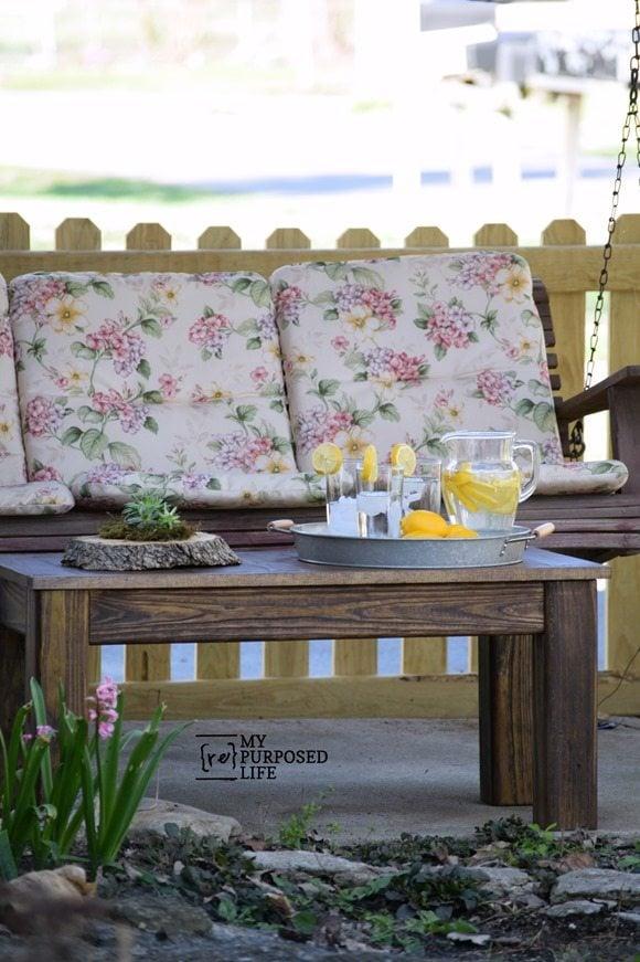 pottery barn knockoff outdoor coffee table MyRepurposedLife.com