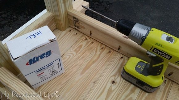 secure table top to table base