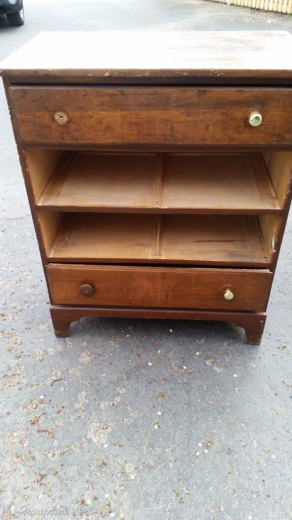 curbed dresser