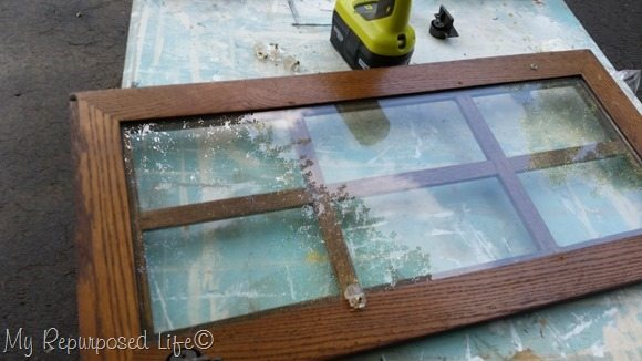remove glass from hutch door