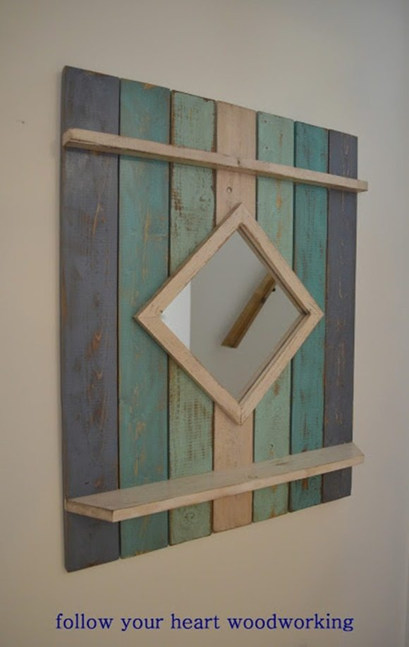 DIY beach style mirror featured at Talk of the Town at www.knickoftime.net