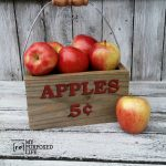apple-crate-made-from-reclaimed-wood-and-five-gallon-bucket-handle-MyRepurposedLife.com_.jpg