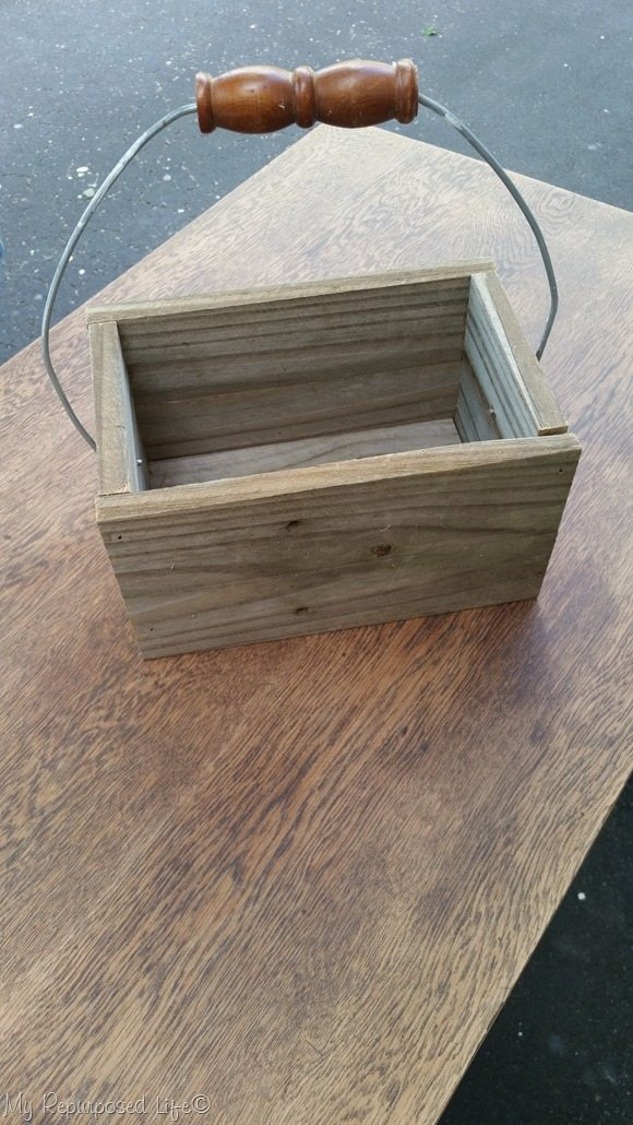 simple reclaimed wood caddy