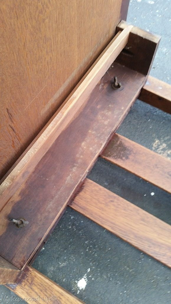 tighten wing nuts on library table