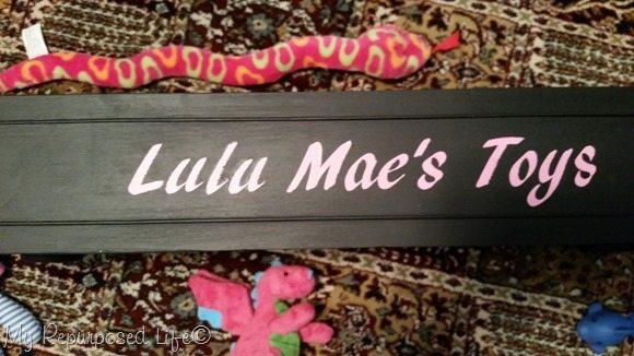 lulu mae's toys vinyl on dog toy box