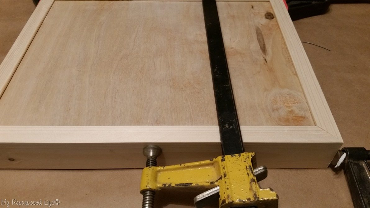 clamp diy tray after gluing