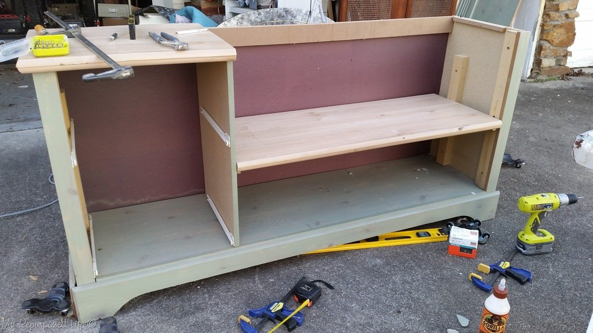 dresser bench seat in place