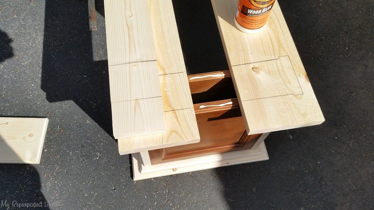 glue and nail bench seat