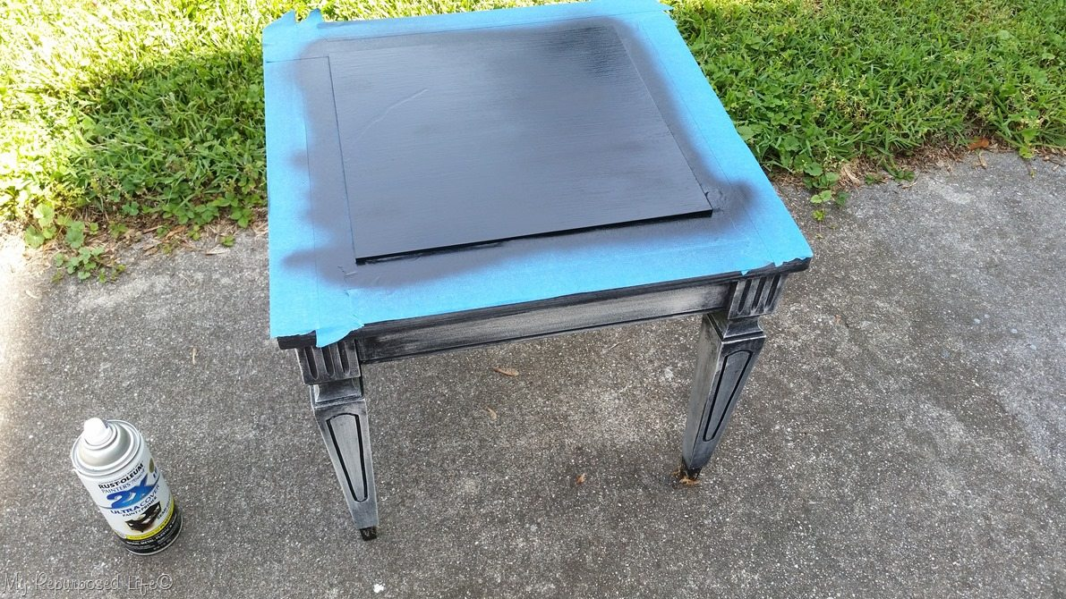 spray paint table top