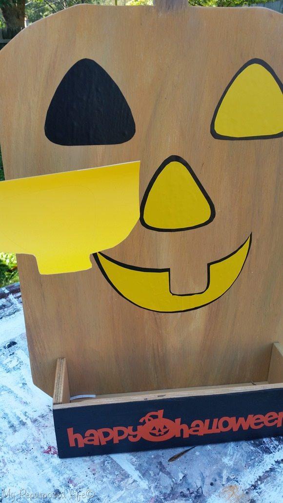 add vinyl features to embellish pumpkin harvest yard sign