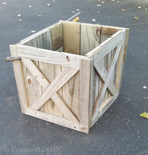 diy rustic Christmas tree stand box made from reclaimed wood