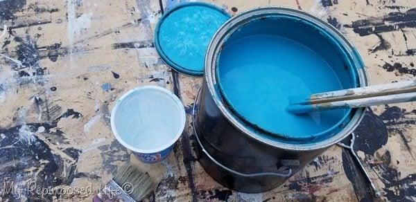 aqua paint for pallet table