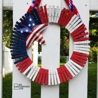 Patriotic Clothespin Wreath | How to Paint Clothespins