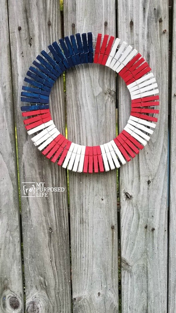 painted wooden clothespin wreath MyRepurposedLife.com