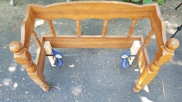 adjust legs for petite wooden bench