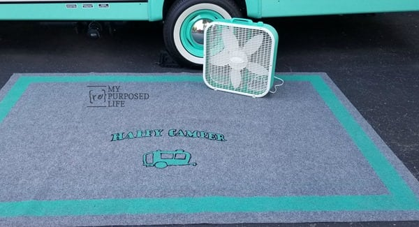 how to stencil an outdoor rug for your camper