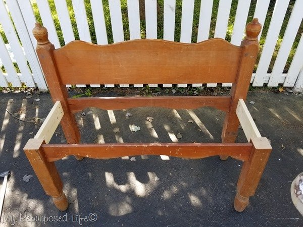 base of headboard bench