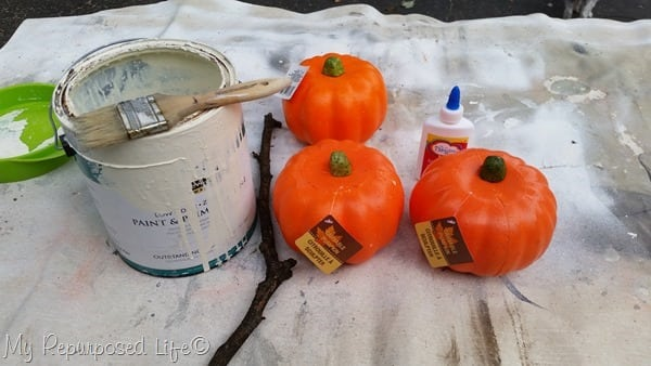 how to whitewash dollar store pumpkins