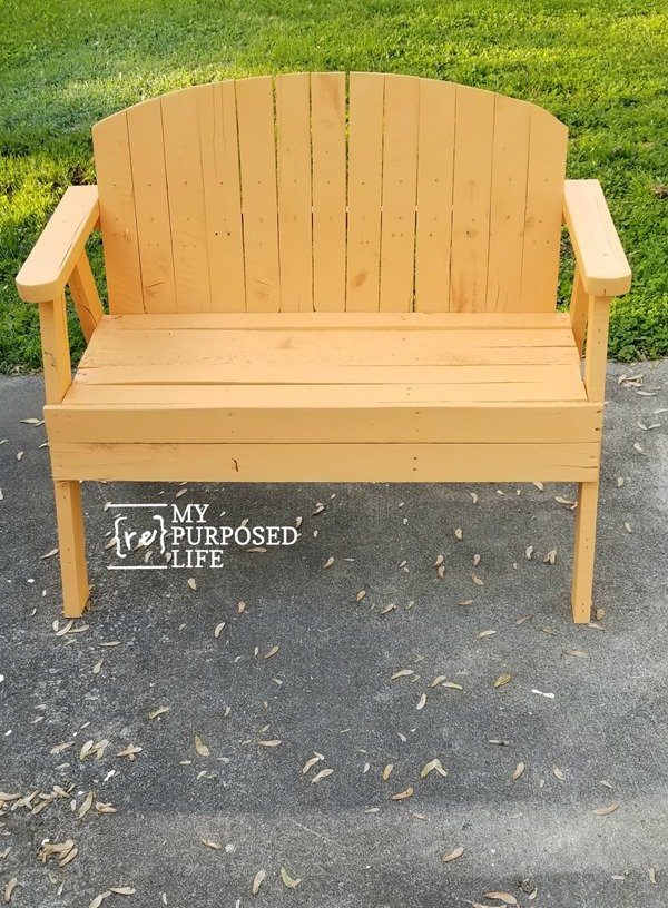 orange pallet bench MyRepurposedLife