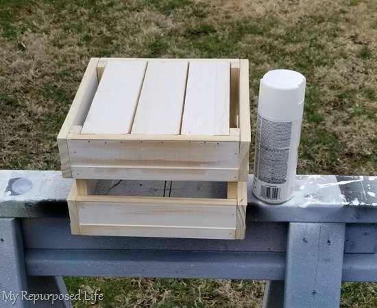 spray paint small diy game crate