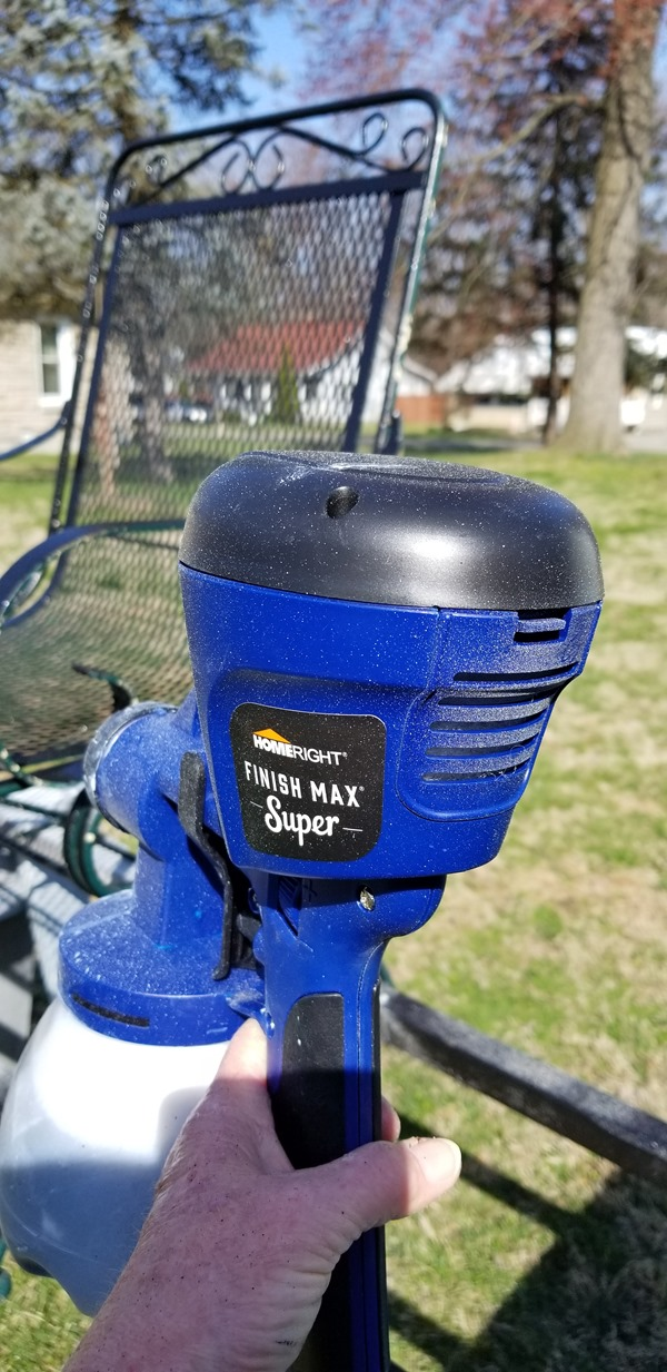 How to Spray Oil Based Outdoor Paint in a Paint Sprayer for
