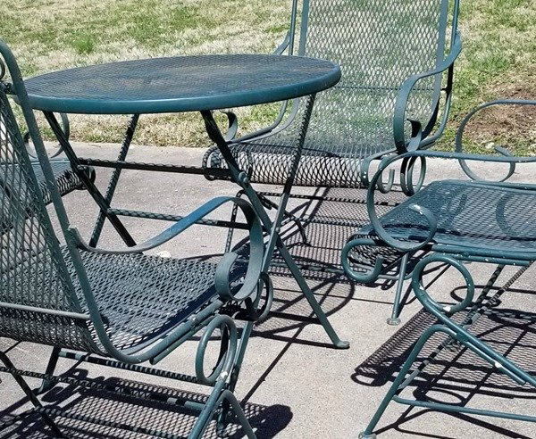 hard to paint outdoor furniture