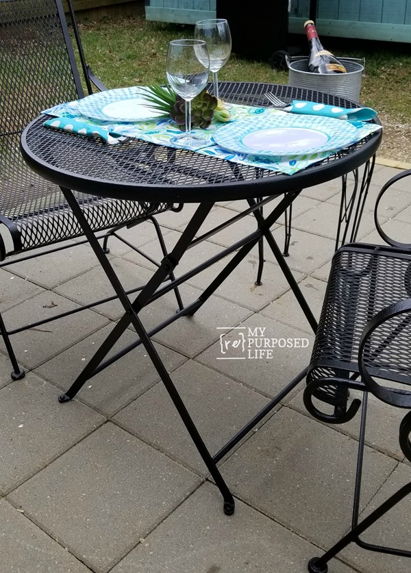outdoor furniture painted with a finish max paint sprayer and oil base paint