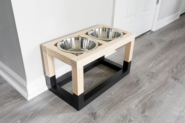 simple diy dog bowl stand