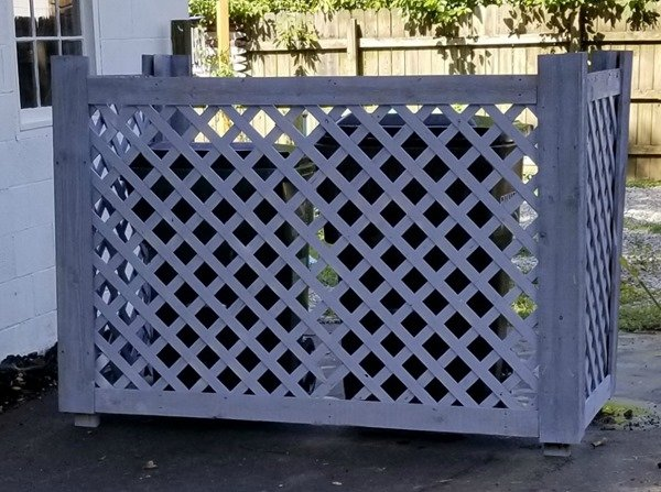 DIY Trash Can Corral