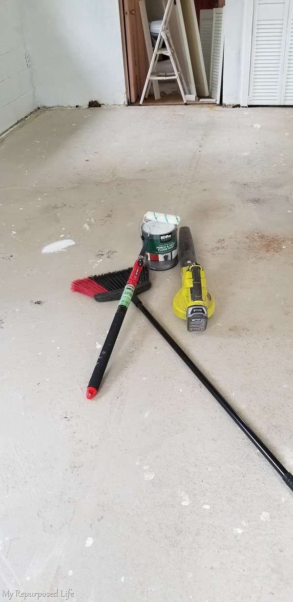 how to paint a concrete floor to update an outbuilding